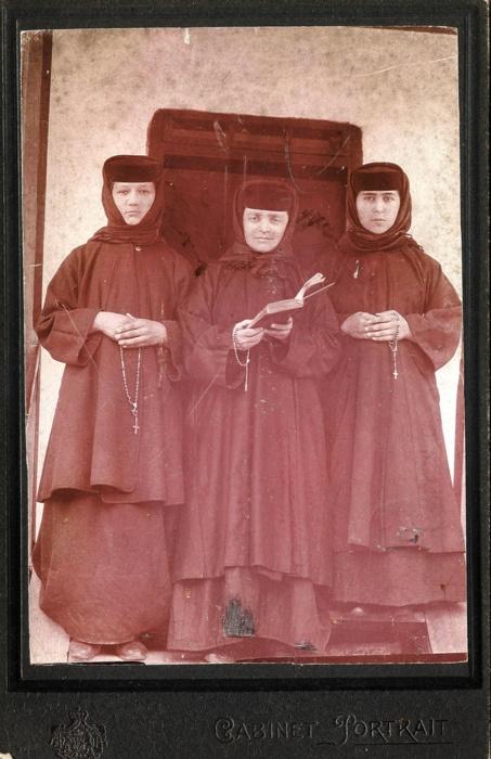 1900, orthodox nuns, iassy/iasi