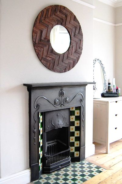 Edwardian fireplace, so similar to mine.