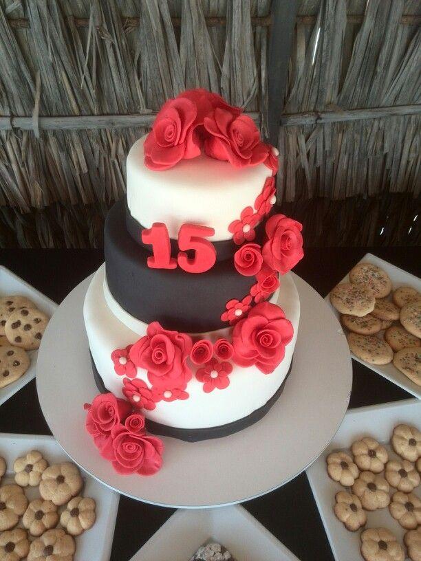 Torta 15 con rosas