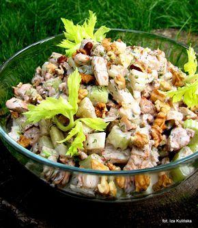 Smaczna Pyza: Sałatka z kurczaka, z selerem naciowym i orzechami...