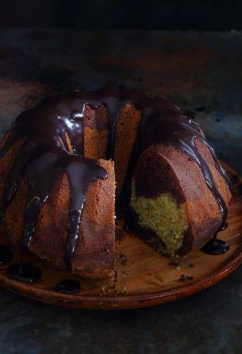 NOMU Chocolate and Pistachio Nut Marble Cake