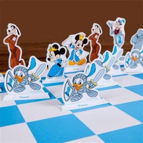 kerajinan/prakarya gunting tempel anak SD. Pengenalan catur dengan tokoh disney