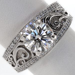 This is the one! As soon as we get them to set it with a marquise instead :)