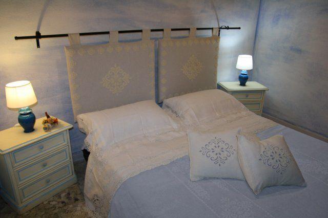Camera matrimoniale  prezzi da 50 Euro  Contatti  Mobile +39 347 4705472 Phone +39 0784 846019  web site: http://www.bbbudoni.it/  http://www.santeodoro.name  http://www.soluzionevacanze.com