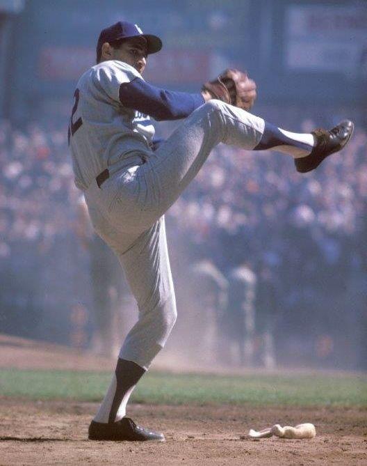 SANDY KOUFAX Los Angeles Dodgers Unsigned 8 x 10 Photo #LosAngelesDodgers