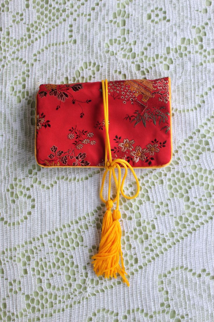 VIntage 1980's Asian Tapestry Travel Jewelry Case / Holder by BaciVintage on Etsy