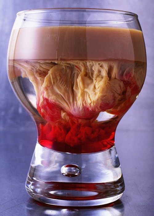 Throwing a Party This Halloween? Try Some of These Chillingly Creepy Cocktails « Halloween Ideas