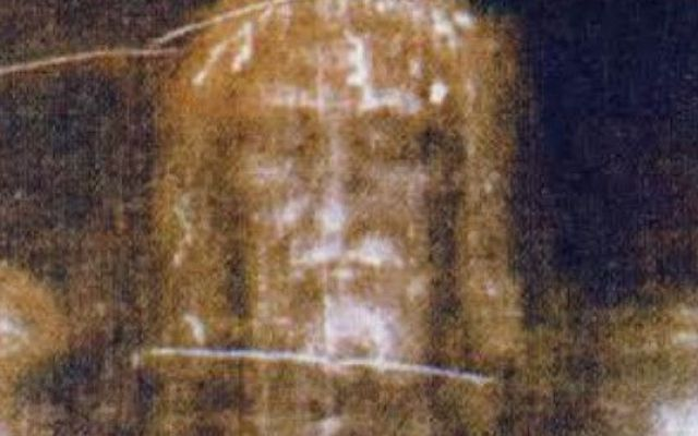 La Sacra Sindone, mistero del volto di Gesù sul lenzuolo. Cosa dice la scienza #sacrasindone #verità