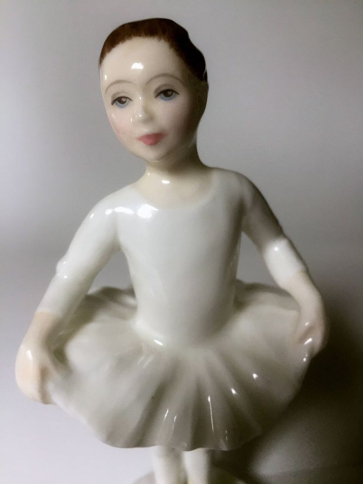 Ballet Class,  HN3731, Royal Doulton Figurine, Collectable Royal Doulton, Discontinued Royal Doulton, Ballet, Ballet Figurine by ChezShirlianne on Etsy