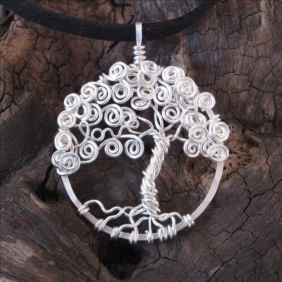 Another version of the tree of life wire pendant!!t