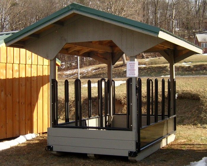 Small Hay Storage Shelter : Horse barns run in sheds hay feeders capitol