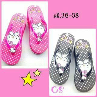 #sandal #hellokitty, uk.36-38 @ 65.000