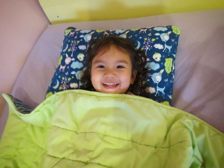 Gift Guide: Good night sleep tight with Headleveler #Review #Giveaway #GiftGuide  http://dealsandfree.blogspot.ca/2014/11/gift-guide-good-night-sleep-tight-with.html