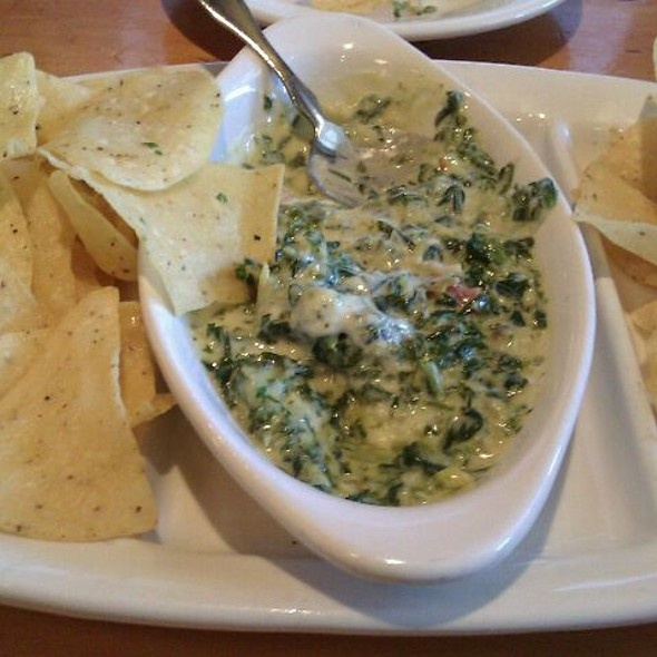 Spinach Dip With Cheesy Lavosh @ Rockfish Seafood Grill