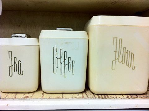 Vintage canisters with beautiful typography.: Tea Coffee Flour, Teas, Tea Flour, Retro Font, Coffee Tea, Typography, Tea Coffee Flown, Retro Canisters