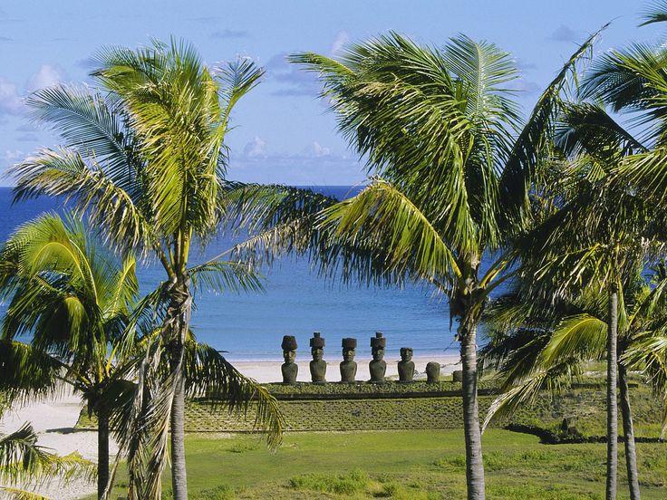 Ahu_Nau_Nau Anakena Beach, Easter Island - CHILE