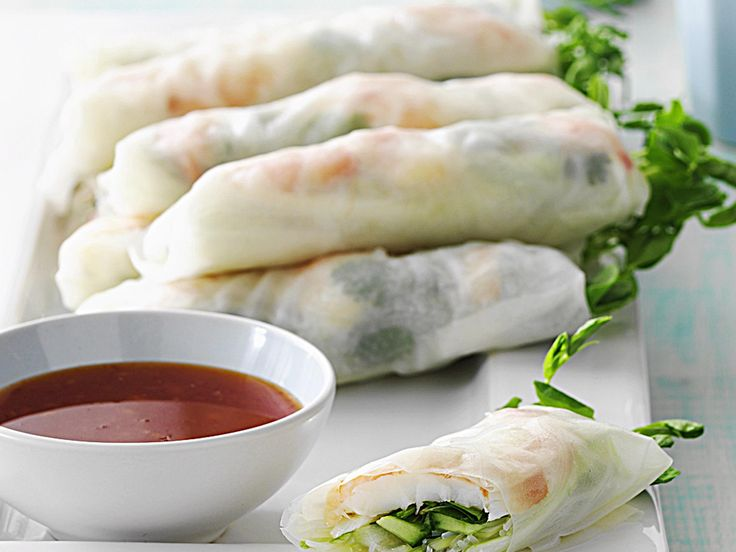 Simple and fresh, these prawn and vegetable spring rolls with soft vermicelli noodles will allow you to recreate a taste of Vietnam. Savour their fish and sweet citrus punch during the balmy Australian summer or as a lunch or dinner starter all year round.