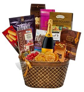Wedding Gift Delivery Toronto : + ideas about Wedding Gift Baskets on Pinterest Gift Baskets, Gifts ...