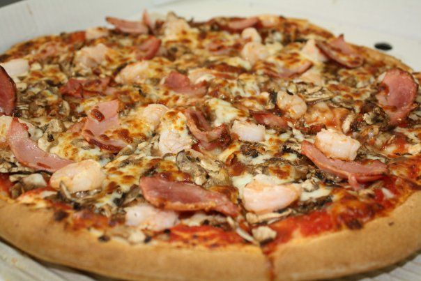 Our goal is to offer our customers a pizza taste sensation with our diverse range of tantalising pizzas.We deliver pizzas in Currambine, Burns Beach, Connolly, Heathridge, Iluka, Joondalup, Kinross and Ocean Reef.
