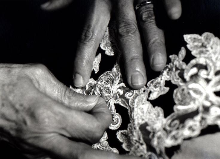 Handcrafted frastaglio technique used in our La Perla Maison collection.