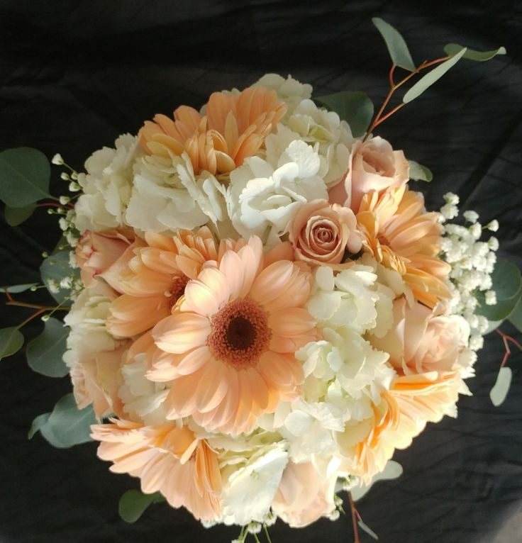 Pictures Of Gerber Daisy Wedding Bouquets 10