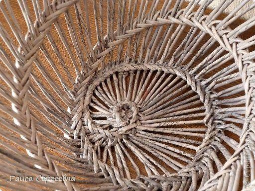 Поделка изделие Плетение Корзина перигор Perigord Трубочки бумажные фото 3