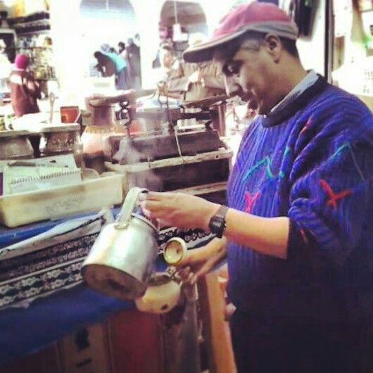 #Maroko, #Marocco, #Agadir, #souk, #souq, #al-sooq, open-air #marketplace, #tea, #seller