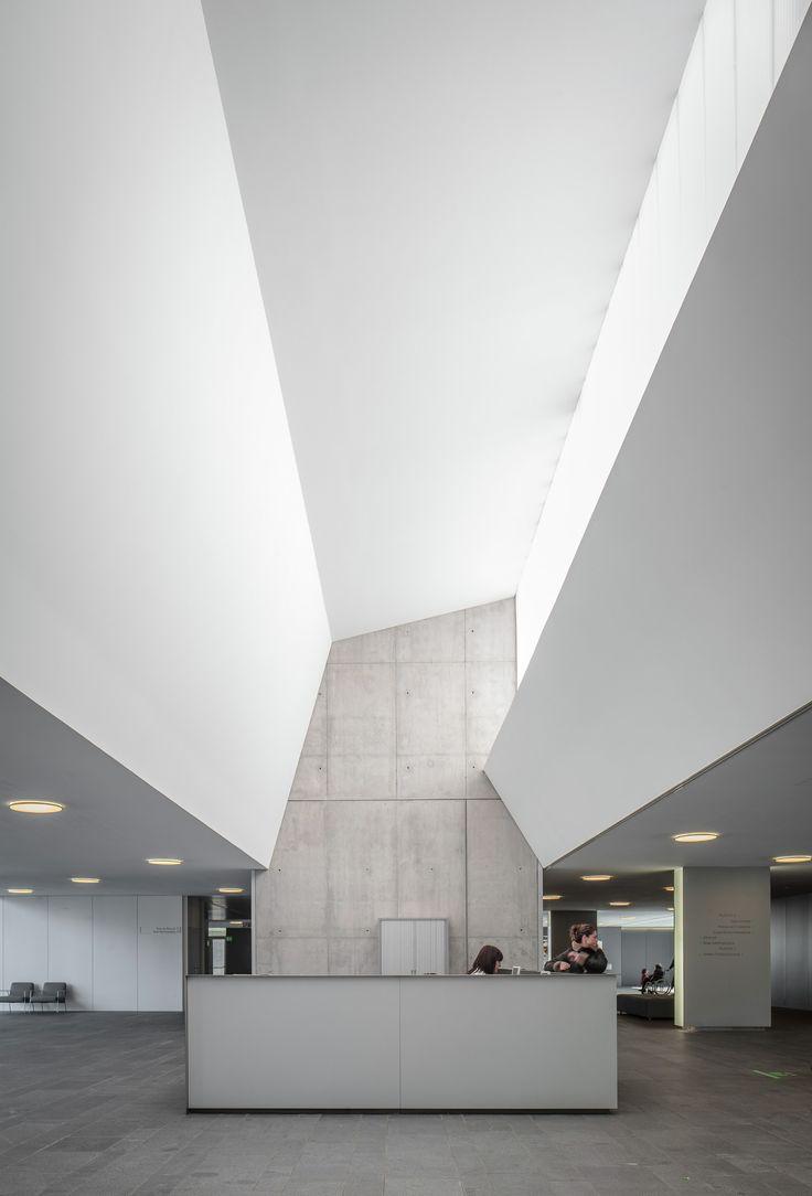D'olot i Comarcal Hospital / Ramon Sanabria + Francesc Sandalinas