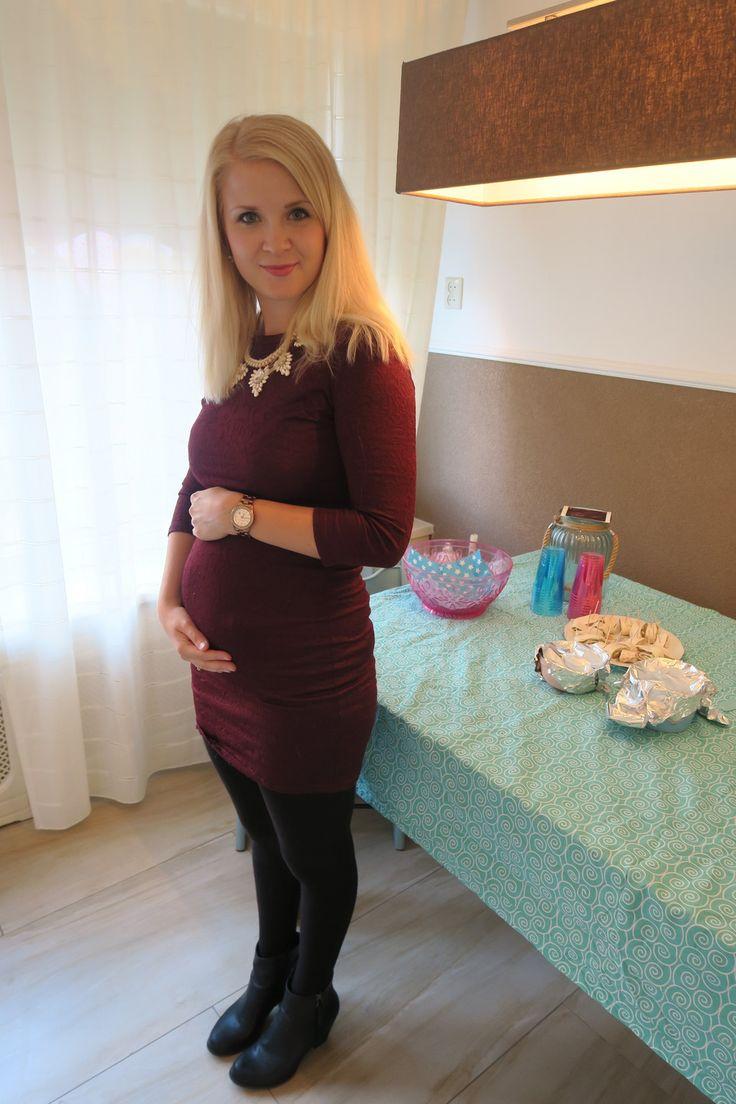 Mijn zwangerschap in outfit of the days met zwangerschapskleding en een groeiende buik! Babybump fashion! Outfit op mijn gender reveal party 16 weken zwanger