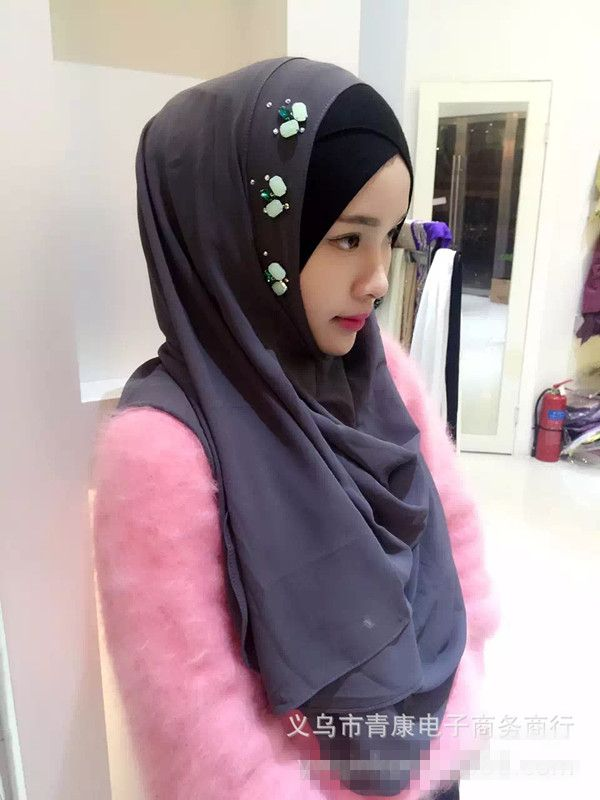2016 fashion chiffon scarf Muslim beading diamonds inner hijab Islam women's headwear Turkish Indonesian girl's cap many colors