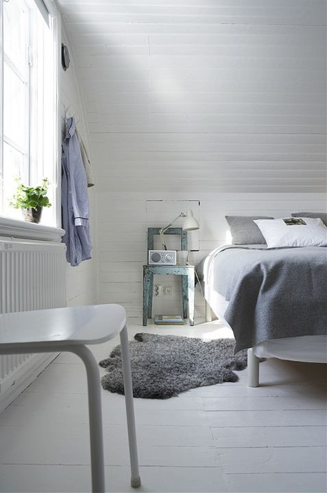 Via 79 Ideas | White and Grey | Scandinavian Bedroom