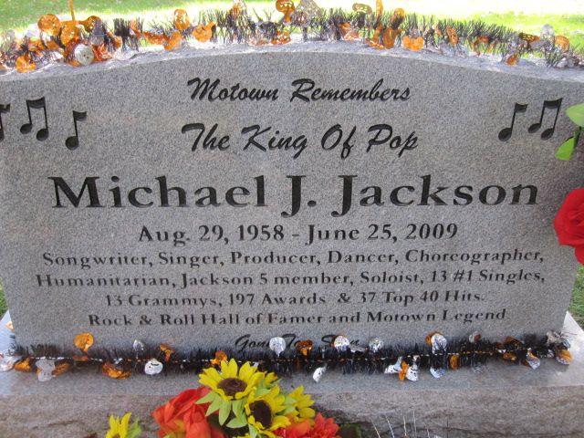 Michael Jackson Gravestone Michael Jackson (1958 ...