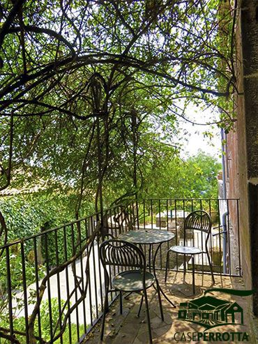 Stanza Rosa (balcone privato)