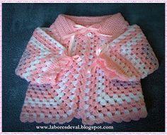 Este modelo de casaquinho para bebê em crochê é uma delicia de fazer. O gráfico do hexágono é bem facil de seguir, já postei aqui an...