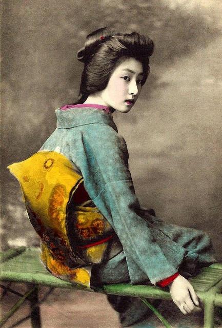 The Geisha Hawaryu -- A Meiji-era Beauty from old Japan. Ca.1910 Hand-colored collotype.