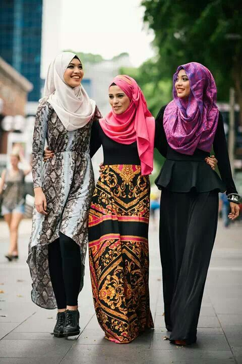 #thehijabstyle islam is beautiful. muslim ladies fashion styles Alhamdulillah. pretty love it!