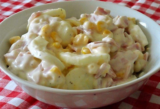 Kukoricás tojássaláta Glaser konyhájából recept képpel. Hozzávalók és az elkészítés részletes leírása. A kukoricás tojássaláta glaser konyhájából elkészítési ideje: 15 perc
