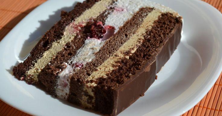 Tort cu crema caramel si crema de iaurt
