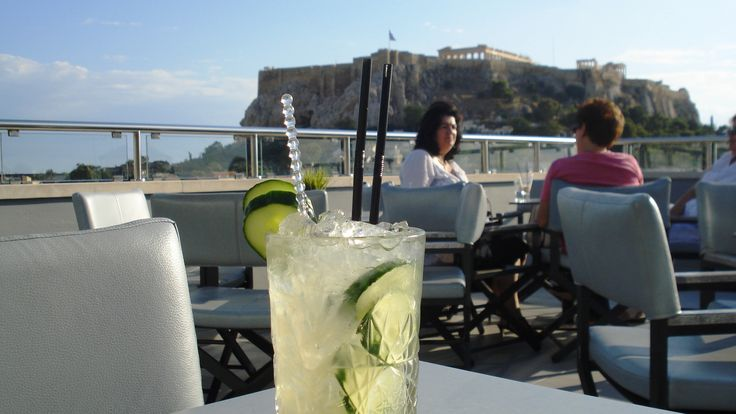 Live the Thea Terrace experience! Cocktails with the best view of Athens! #thea_terrace_bar #cocktails — at Central Athens Hotel.
