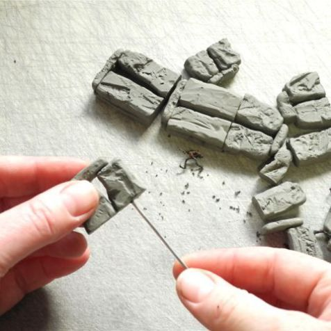 How To Make a Miniature Stonehenge from TwoGreenThumbs.com