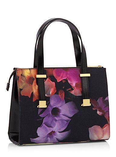 Women S Bags Handbags Purses Online In Canada Simons Pursescanada