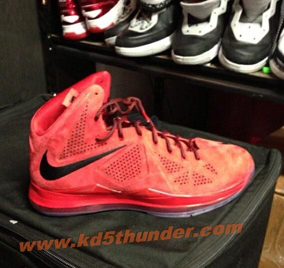 Here is a look via at the Nike Lebron 10 Suede Infrared PE Sneaker Mr Lebron  James is rocking, these are so nice.