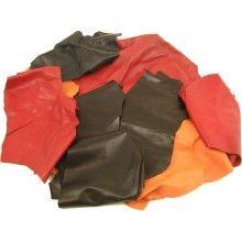Compra Online Ritagli di pelle per artigianato provenienti da concerie, scarpe, borse, divani in pelle, mobili, pelletteria - Leather-Online.it