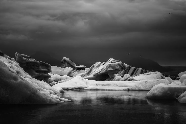 #landscape #photography #summer #travelling #trip #icebergs #glacierlake #Iceland #roadtrip #moody #elements