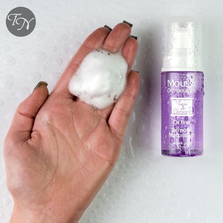 O nosso Mousse é incrivel pra ser usado com água (no chuveiro 🚿) e tirar toda aquela maquiagem à prova d'água!