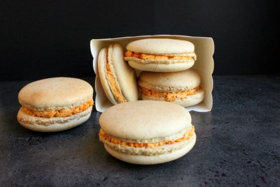 Pumpkin spice latte macaron | There's a party in my tummy | Pinterest