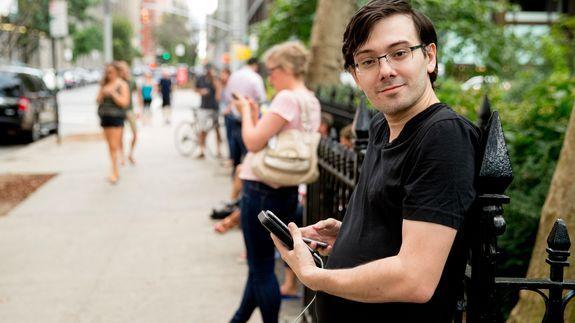 Martin Shkreli ignites drama with an impromptu happy hour in Brooklyn