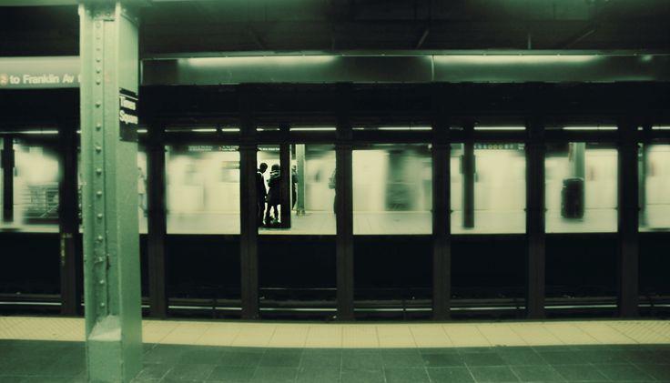 New York City: Engagement shoot  Elizabeth Withers Photography