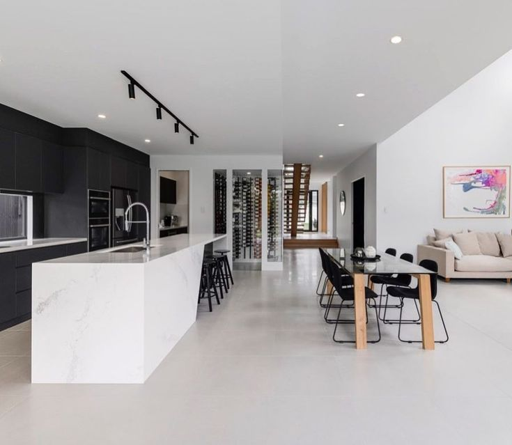 Beauty in Monochrome  @bighouselittlehouse with the impeccable Spencer Home featuring Statuario Maximus island and backbenches  The Island | The devil is in the details  #caesarstone #caesarstoneau #statuariomaximus #designbybhlh @bighouselittlehouse