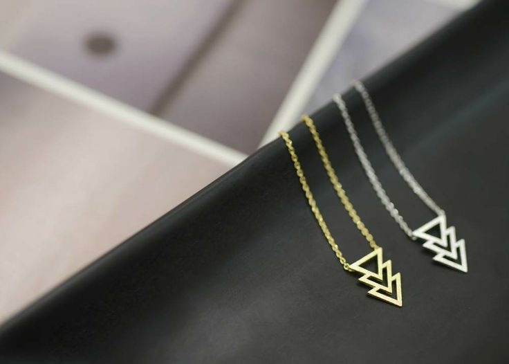 Image of 'TRIANGLES' necklace